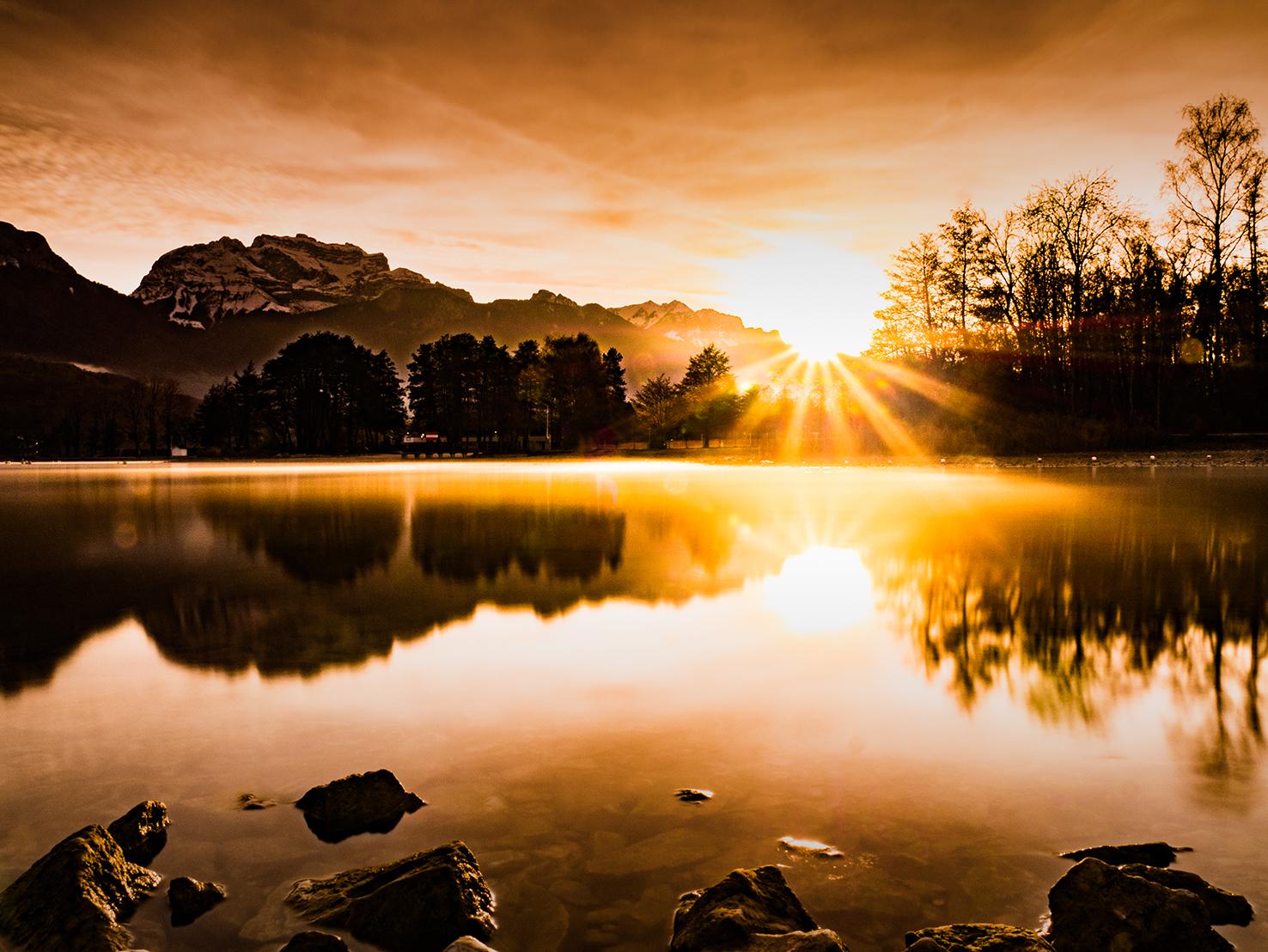 brume du lac-soleil levantT