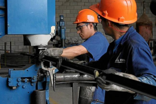 ¿La industria colombiana no se va ver afectada por el alza del dólar y por la caída del petróleo?