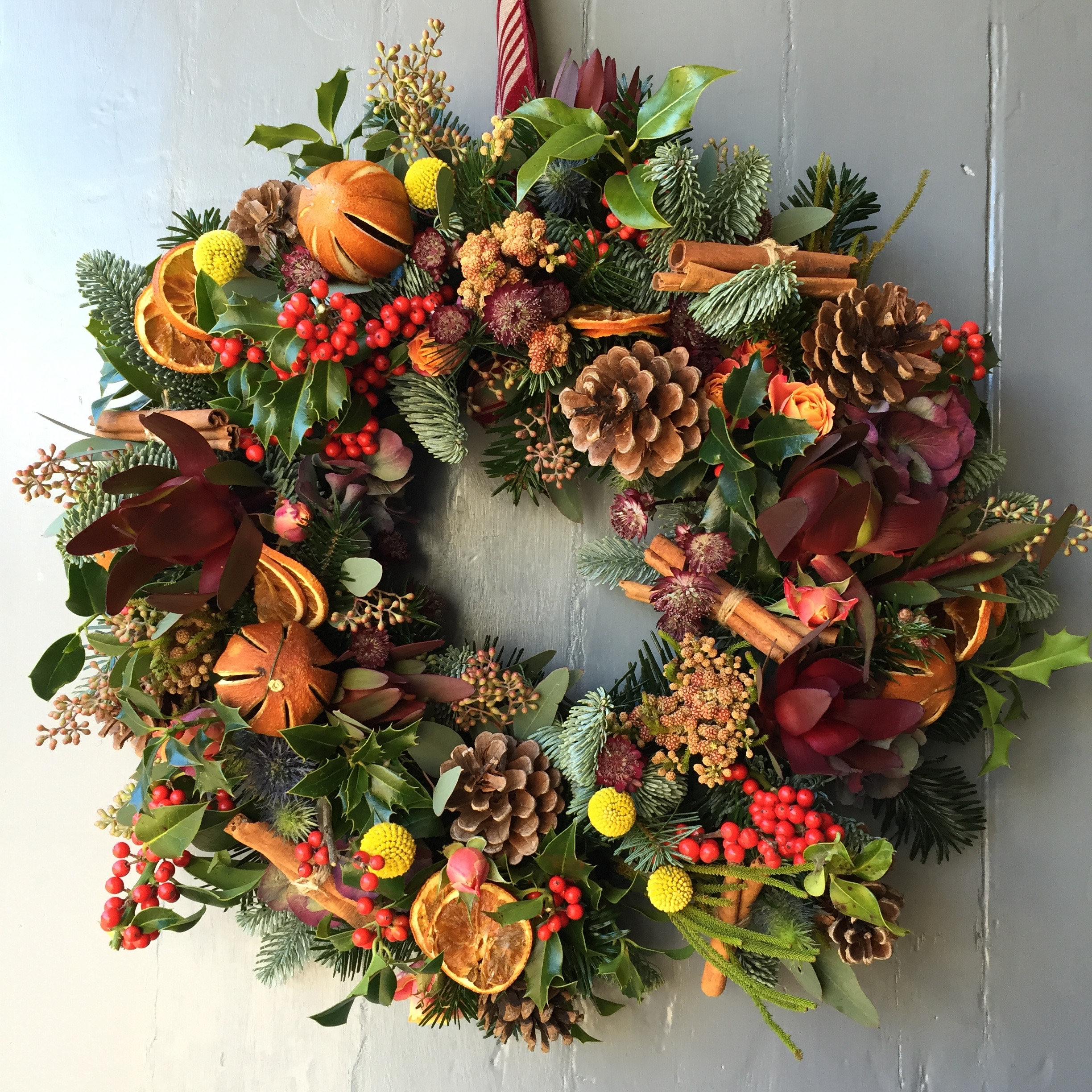 Image Christmas Wreath.Luxury Christmas Wreath Making With Afternoon Tea At The Woburn Hotel