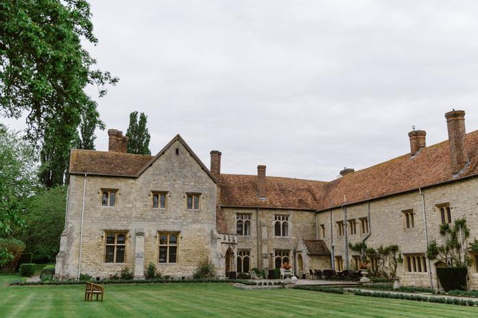 An elegant affair at Bijou Notley Abbey