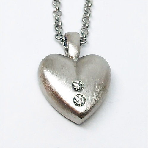 Puffed Heart with Diamonds