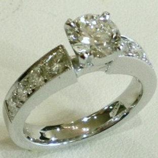 Round Brilliant Cut with Gramma's side diamonds