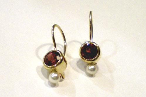 Bezels on Wires with Rhodolite Garnets Pearls