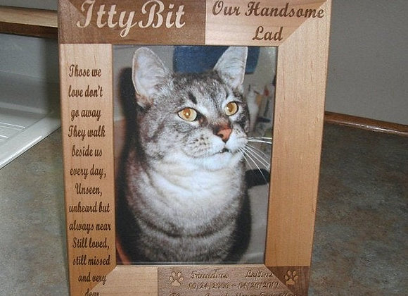 5x7 Pet Memorial Frame - Holds a 5x7 photo - Personalized Pet Memorial