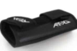 RKD495 REKD Pro Wrist Guards Detail 2.jp