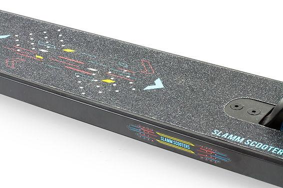 SL1030 Slamm Classic V9 Deck Detail.jpg