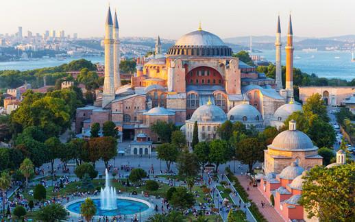 Ayasofya-Camii-Istanbul.jpg