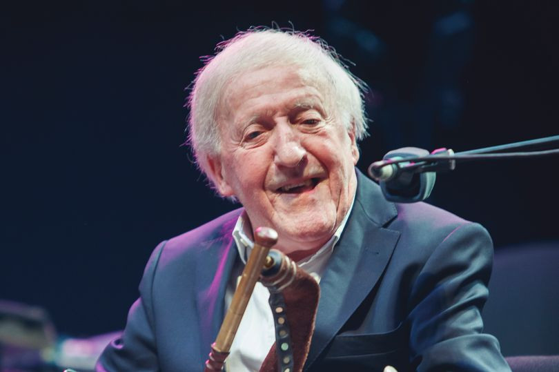paddy moloney, Chieftains, Uillean Pipes