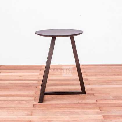 Leaning T Side Table in Walnut