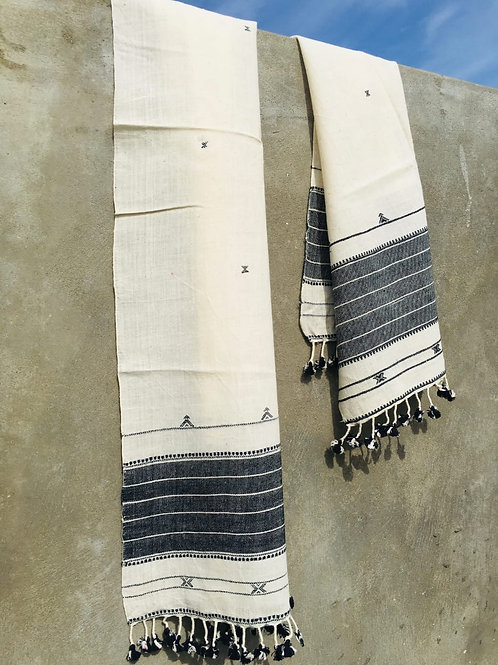 Handloom cotton stole from Bhuj