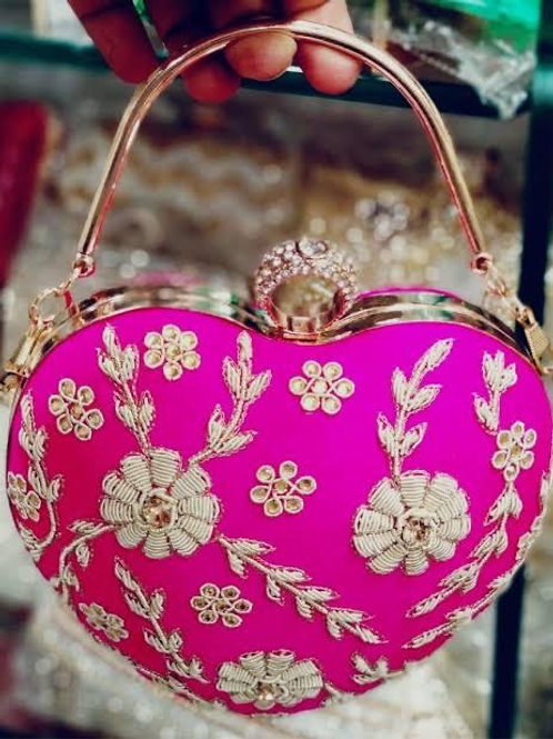 EMBROIDERY HEART CLUTCH
