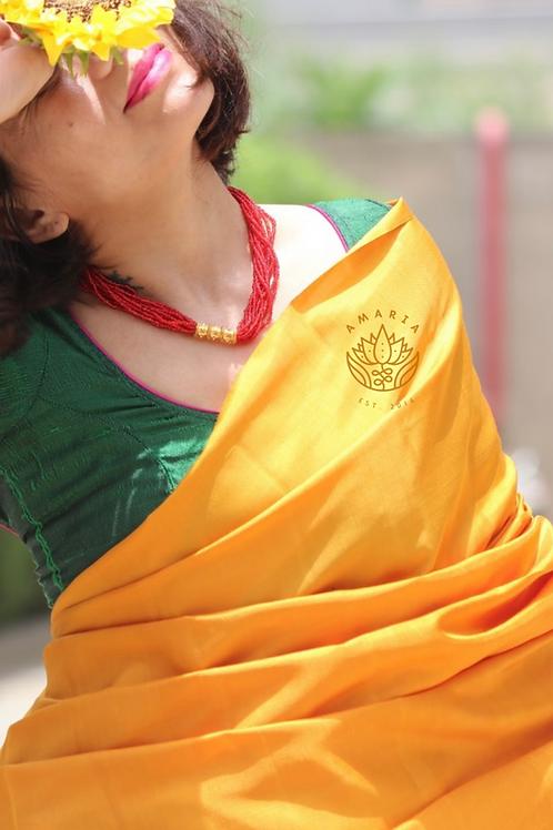 NEPAL POTE TILHARI RED (choker length)