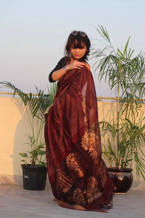 Matka silk by zari stripes floral jamdani woven on palla