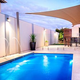 pool builders Leander