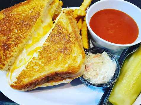 Gourmet Gilled Cheese