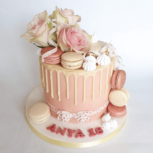 Classy and elegant cake