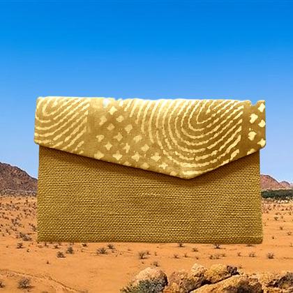 LUXURY TRAVEL POCKET: in Mauritanian veil and burlap