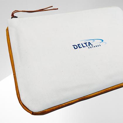 Pochette de voyage publicitaire en coton avec fermeture éclair personnalisable tour couleur personnalisable | Lygo.fr