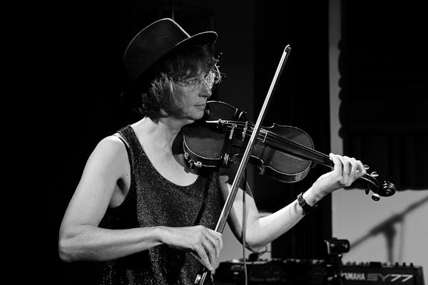 Sue Mallett - fiddle. Bewarethisboy