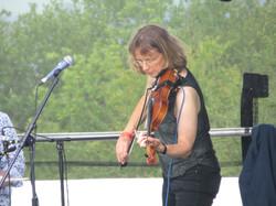 Sue Mallett - fiddle beaconfest 2015