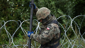 Poland Passes Law to Turn Away Migrants at Border and Build a Wall