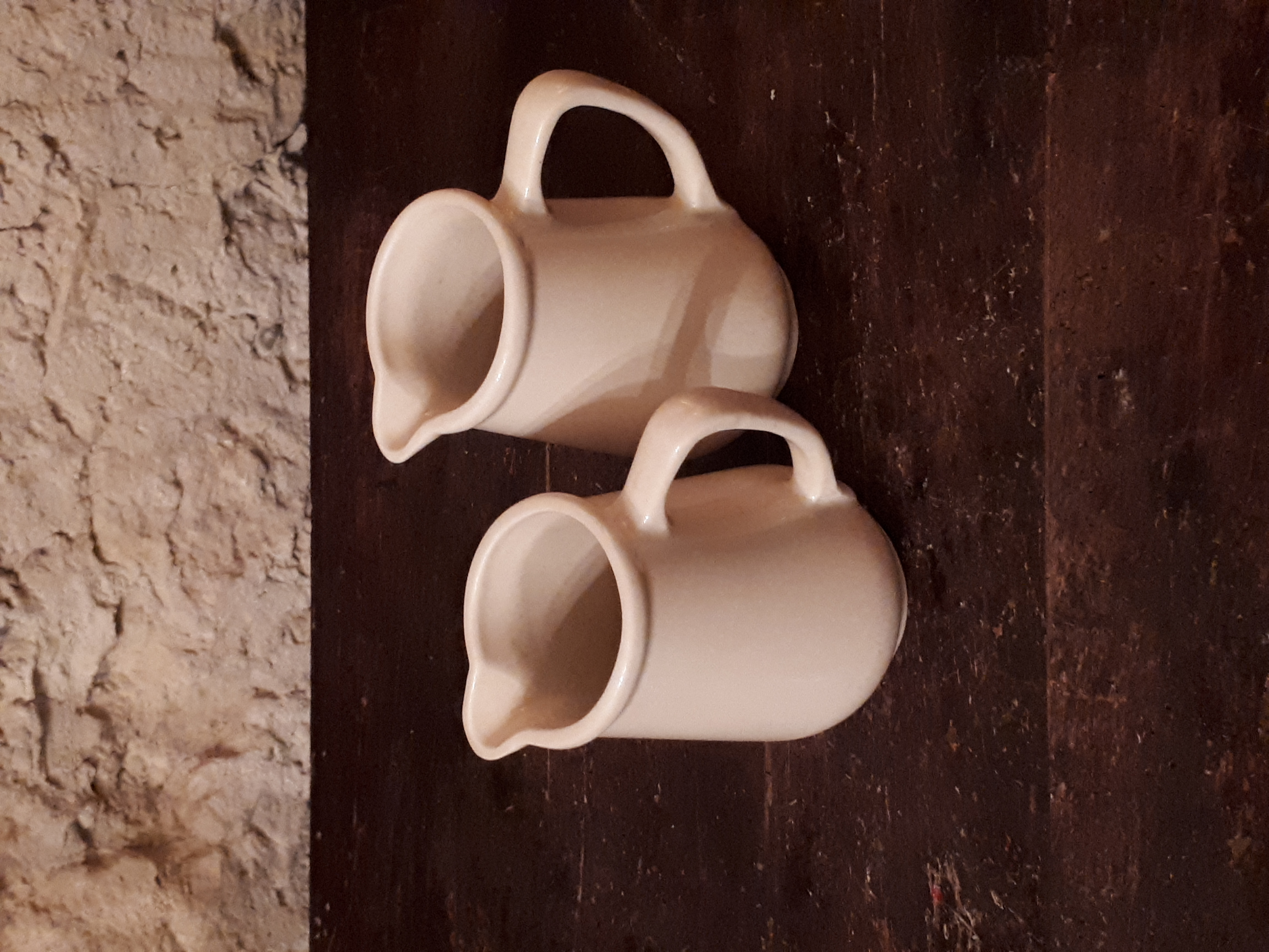 Pot à lait écru