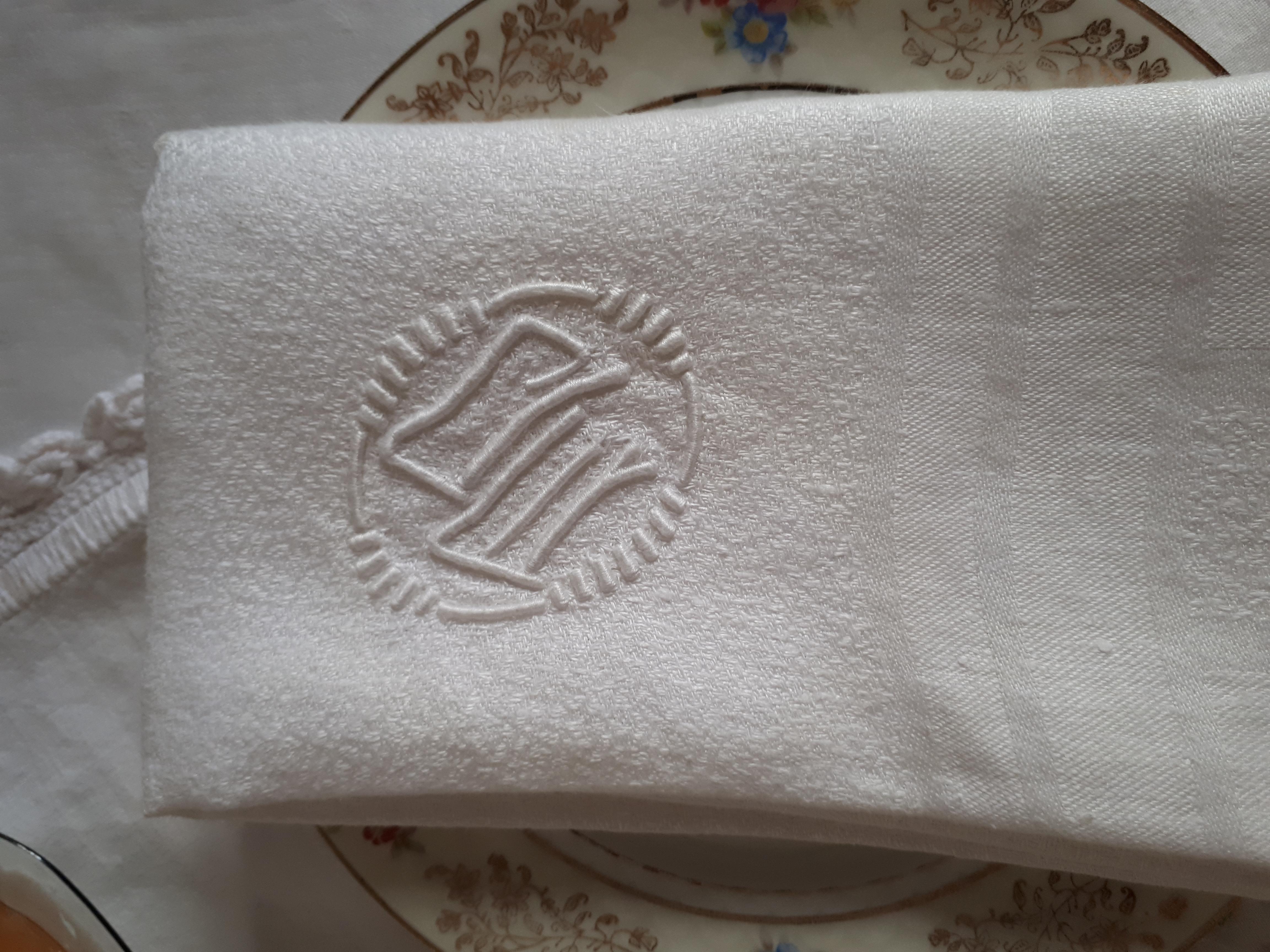 linen hire France