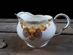Pot à lait fleur et feuille