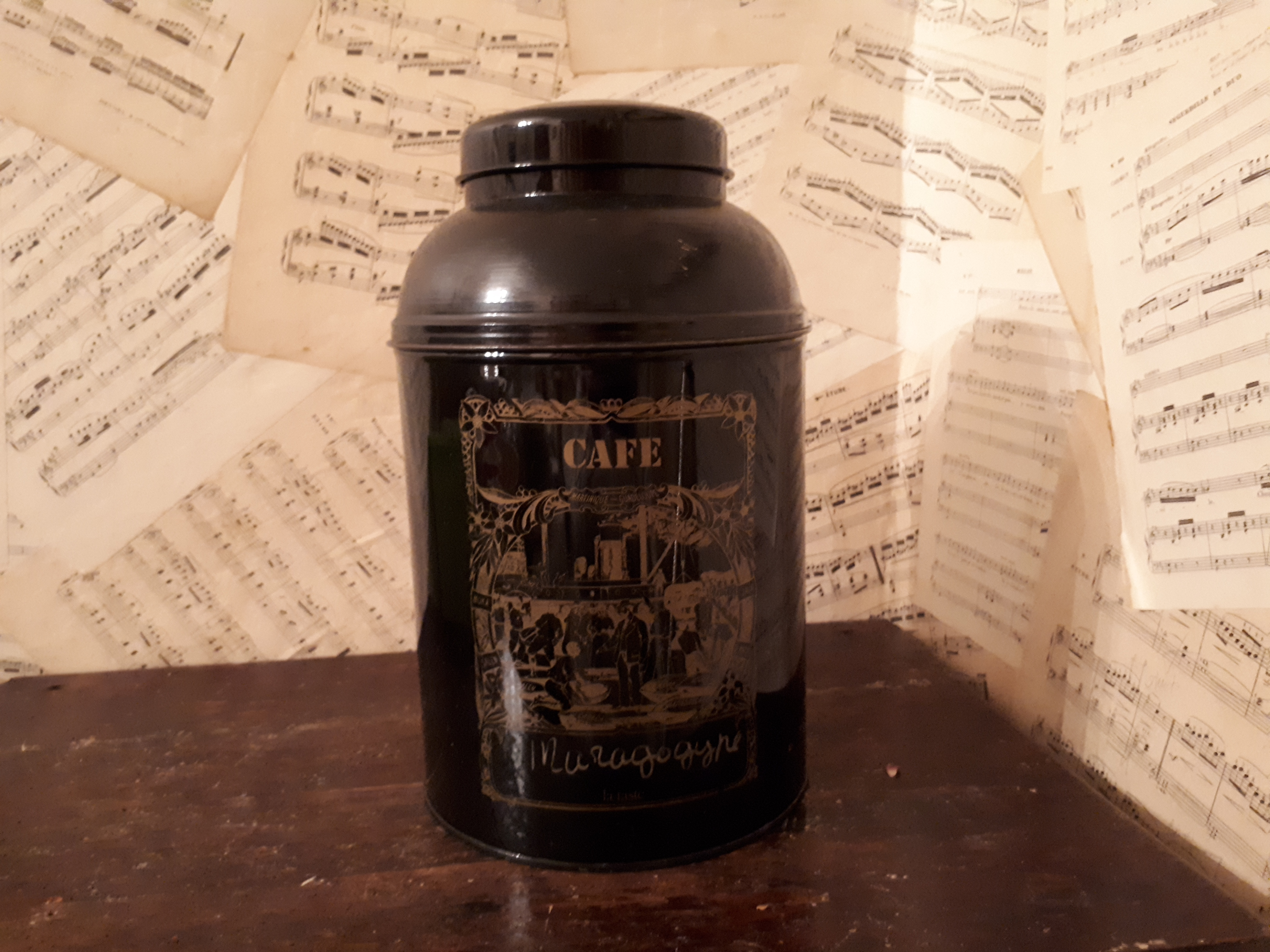 Shop size coffee tin