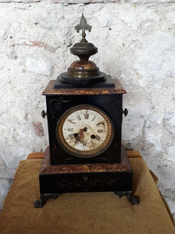 Marble mantlepiece clock, no hands