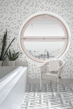 Ocelli-Img-light-bathroom-with-window