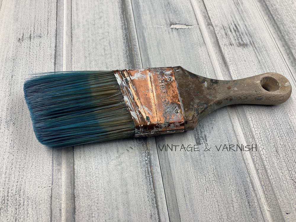 wooster-paint-brush-painted-furniture-vintage-and-varnish-blog-best-paint-brush-for-furniture-synthetic-vs-natural-bristle