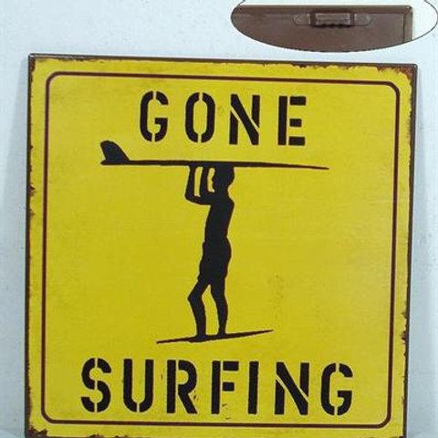 Plåtskylt / Gone Surfing