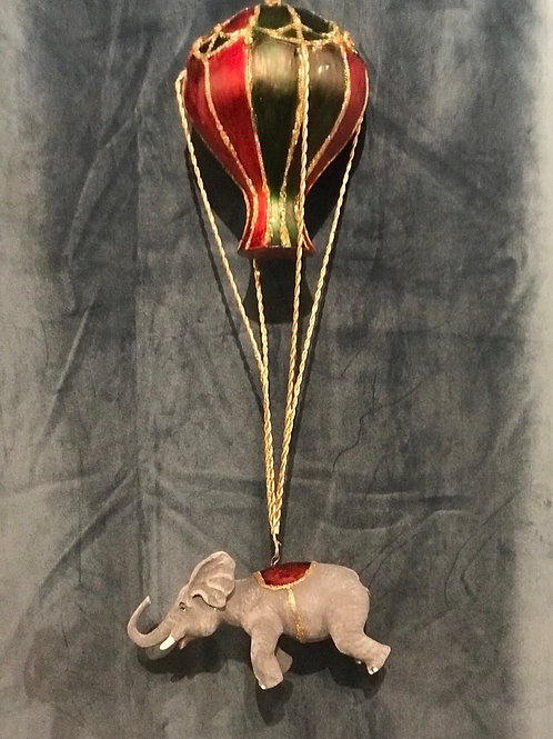 Elefant i luftballong