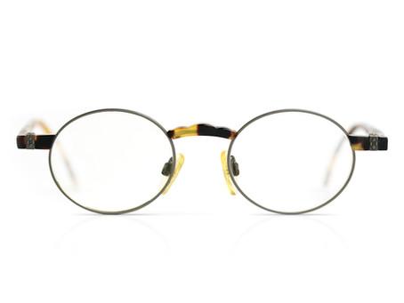 メガネを変えました