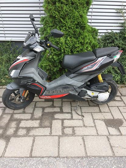 Aprilia SR50 R