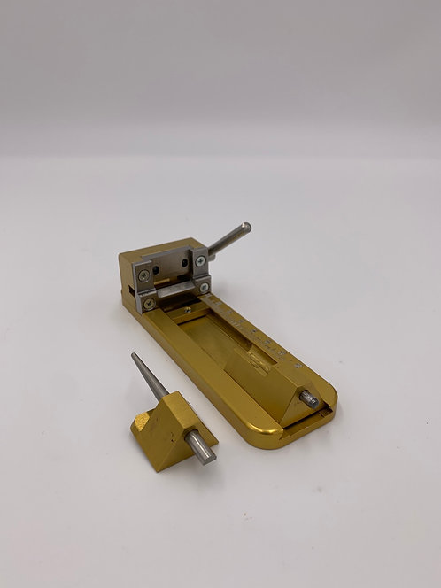 Preowned Reeds n' Stuff Tip Guillotine for Oboe/EH/Bassoon