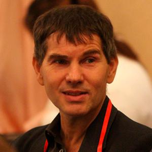 Поздравляем с 55-летием Александра Викторовича Кабакова!