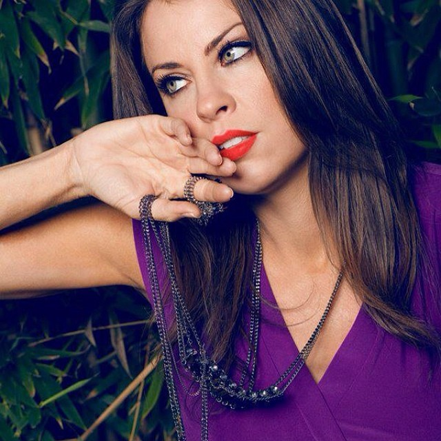 Photo credit_ Sara Lewis #model #modellife #brunette #greeneyes