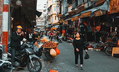 xe máy trong chợ