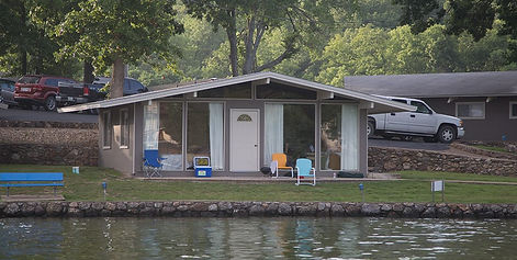 Red Dirt LakeFest feature cabins near the lake