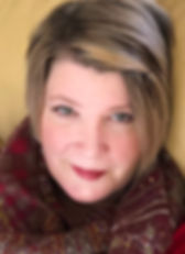 Suzanne Woods Headshot.jpg