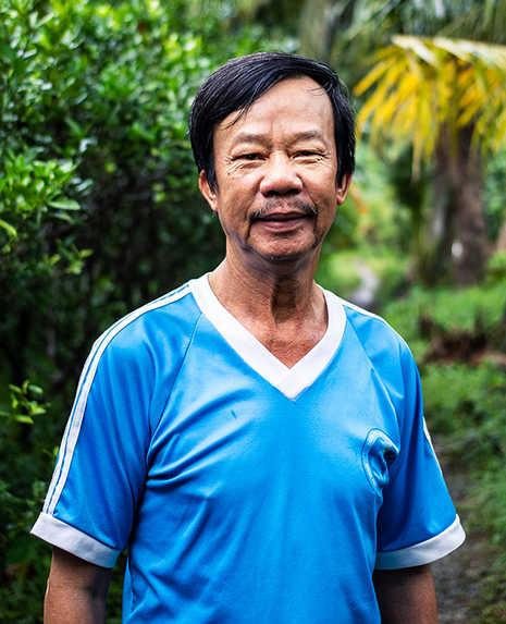 FatMiilk Images_Coffee Farmers_Family_Vietnam.jpg