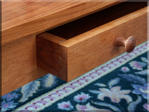coffee_table_drawer_dovetails.jpg