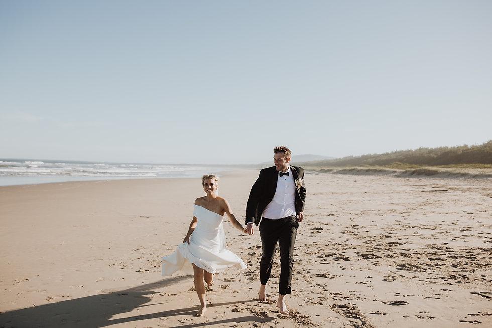 066_MA-471_Seacliff House Wedding Shot by Wedding & Elopement Photographer Matt Ashton Pho