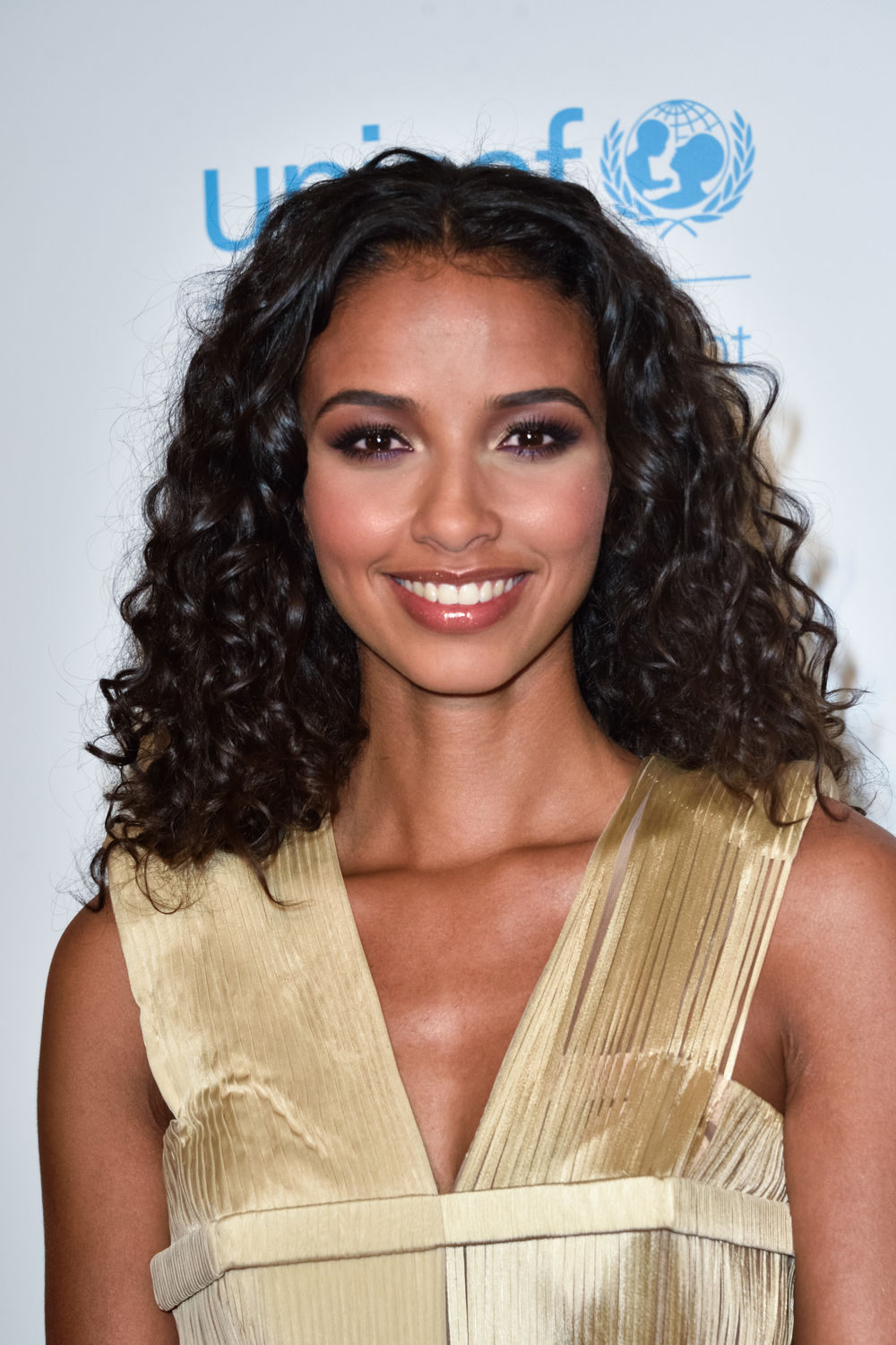 Flora-Coquerel-lors-du-Global-Gift-Gala-Paris-le-16-mai-2017