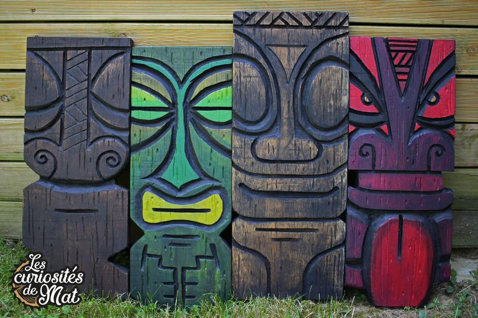 Planches de chêne gravées tiki / Tiki engraved plates
