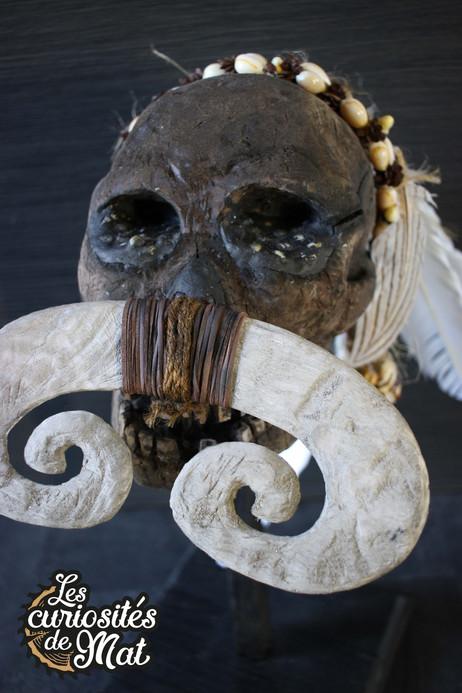 Sculpture crâne Asmat bois