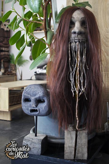 Sculpture tête réduite bois / Cabinet de curiosités - Curiosity cabinet