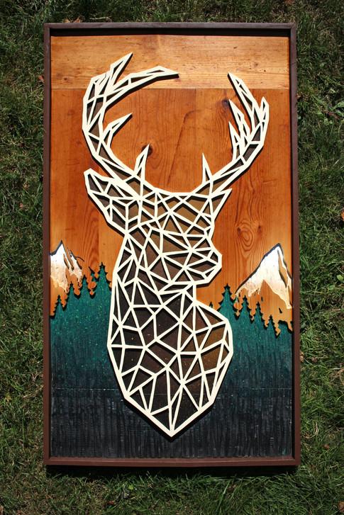 Tableau Cerf polygonal gravé et peint à la main / Nature montagne relief up cycling table basse cadre unique